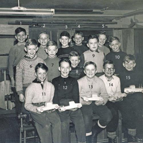 1957 träslöjd elever