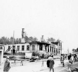 Löfgrens Handelshus efter branden 25-26 april 1959