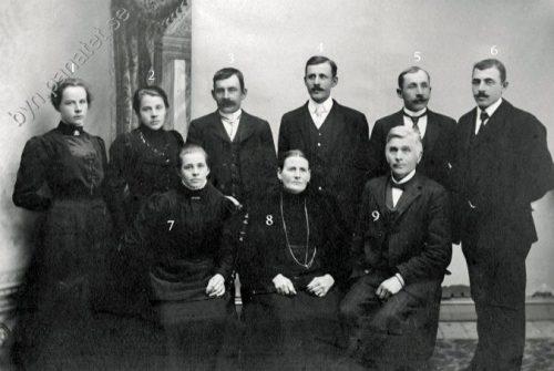 Familjen Olof* Fredriksson Granträsk fotograferad 1910
