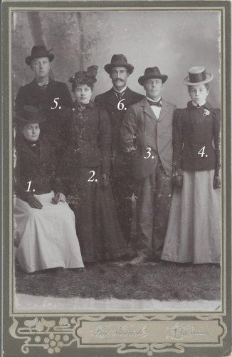 Känner du igen någon på bilden?