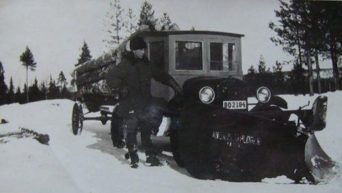 Plog och timmer bil från 1930 talet
