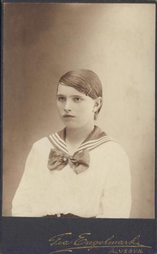 Inga* Viktoria Öhlund