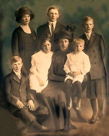 Vendla Lundberg Family 1912-08-20