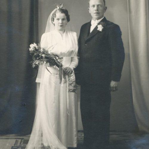 Brudparet Edit* Amanda Eriksson och Hjalmar Oskar Lundkvist Muskus