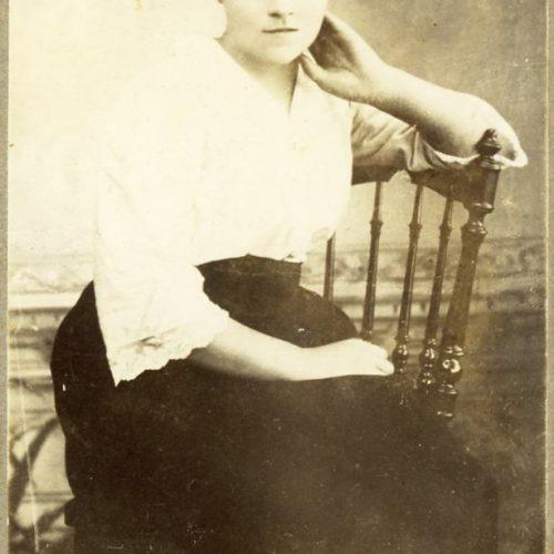 Elin Amanda Björkman f.1900-08-02 Muskus