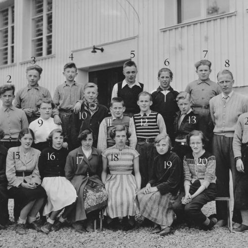 1953 skolklass i Lillkorsträsk