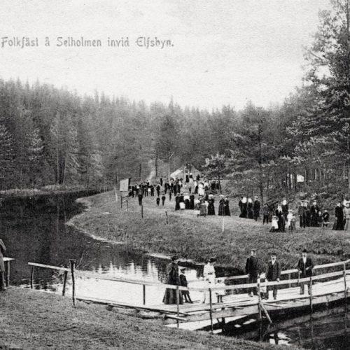 Folkfest å Selhomen invid Elfsbyn