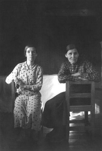Ester Eriksson och hennes mor Sofia.
