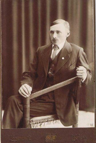 Knut* Leonard Johansson