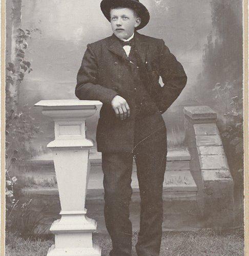Ernst* Valfrid Johansson