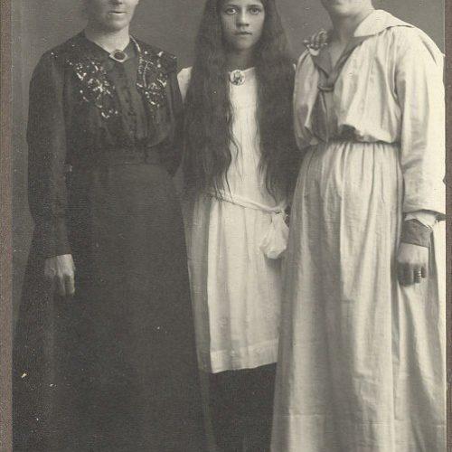 Nanny, Eivor och Svea Nilsson