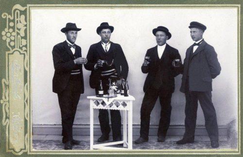 Frans och Albin Wikberg, Viktor Eman samt Helmer Svanborg