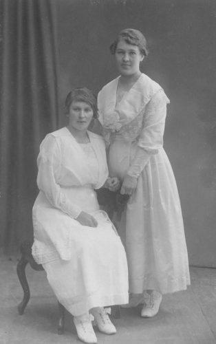 Vilma och Alma Andersson